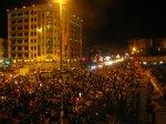ယေန ့ ည မႏၱေလး ၿမိဳ ့ မီးရရွိ ေရး ဆႏၵျပ မႈ တြင္ ၿမိဳ ့ခံ မ်ား ပိုမို ပါ၀င္ ပူးေပါင္း Photo : Aung Shin
