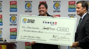 abc_powerball_winner_check_jef_120831_wg