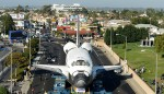 Shuttle Endeavour: Looming presence