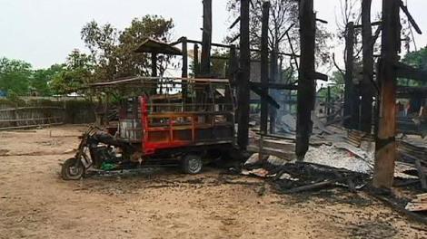 606x341_236510_buddhist-mob-burns-muslims-houses-i