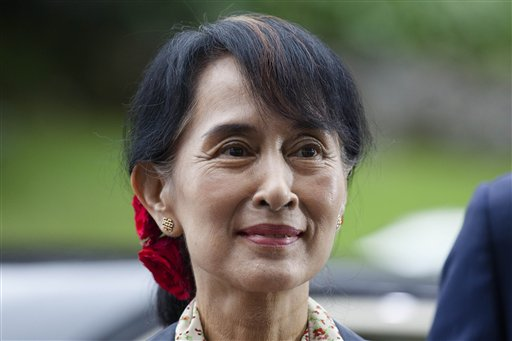 Myanmar opposition leader Aung San Suu Kyi arrives to attend a conference at the Oslo Forum at the Losby Gods mansion about 13 kilometers (8 miles) east of Oslo, on Monday. The Oslo Forum is a n international network of armed conflict mediation practitioners. (AP/Markus Schreiber) - See more at: http://www.thejakartapost.com/news/2012/06/19/myanmars-suu-kyi-visits-london-oxford-uk-tour.html#sthash.30UTQkxB.dpuf